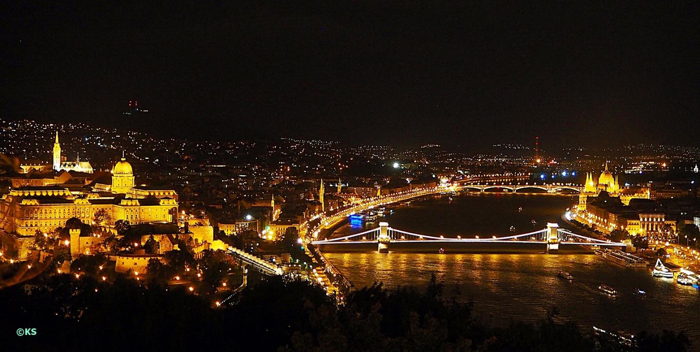 Budapest-bei-Nacht